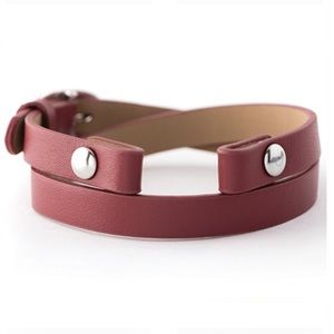 ORIGAMI OWL ♥️ Rust Red Leather Wrap Bracelet